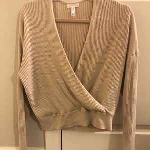 Low cut soft cropped sweater!